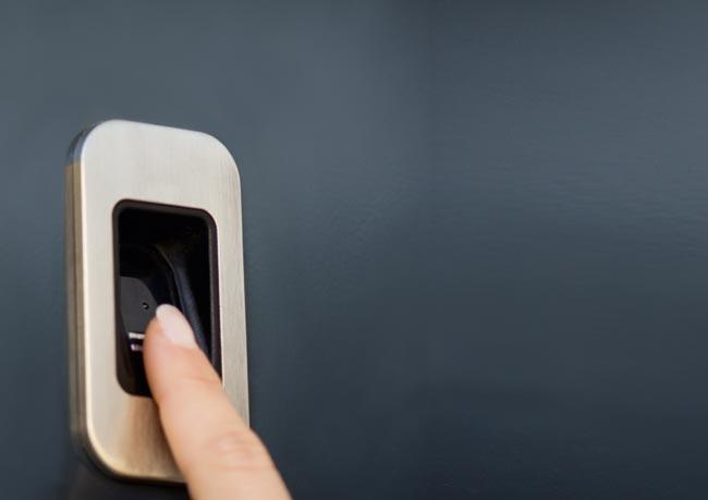 perfecta Türen – wegweisende innovative Technik. Das Ergebnis: beste Wärmedämmwerte, beruhigende Sicherheit und hörbarer Schallschutz.