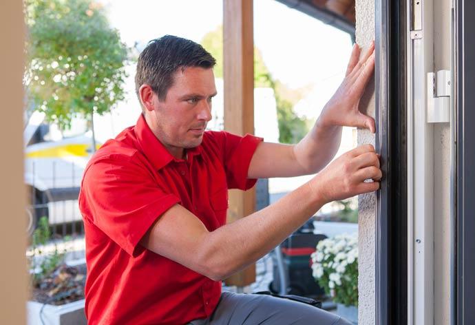 perfecta Haustürwechsel ohne Dreck - Aufsetzen Rahmen